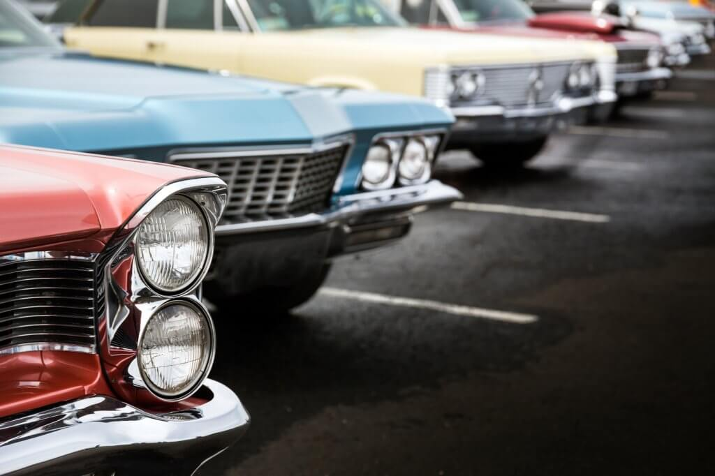 trackers-on-classic-cars
